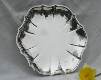 Cake Plate - Sandwich Plate - Chippendale - Silver Plate - Vintage
