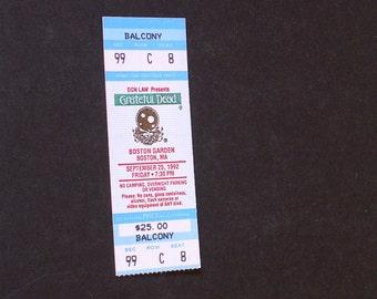 Vintage GRATEFUL DEAD CONCERT Ticket