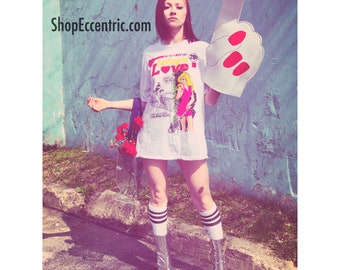 Falling in Love DC comic graphic tee | DC | graphic tee | comic t-shirt | baggy tee | trendy | Love | hipster