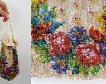 1920s Floral Beaded Purse Pouch with Lace Detail