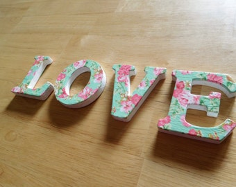 Love' decoupaged letters-Delicate roses pattern