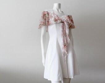 Vintage VITTORIA VIRINI | 1990s 90s Feminine White Summer Dress with Cap Sleeves/Floral Wrap ||
