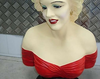 large bust of marilyn monroe