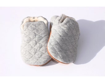 baby shoes - baby booties - toddler shoes - infant shoes- crib shoes- baby booties- baby shoes- hand made baby shoes