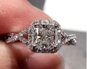 Stunning silver Zircon engagement vintage style ring