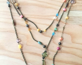 Colorful 3 strand beads - 80s style