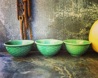 """Pottery Bowl / Set of Three / 5"""" / Art Pottery / Collectable"""