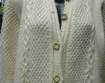 """White Vintage Hand knitted Cardigan Hand Knit Wooden Buttons Large Bust up to 42"""""""