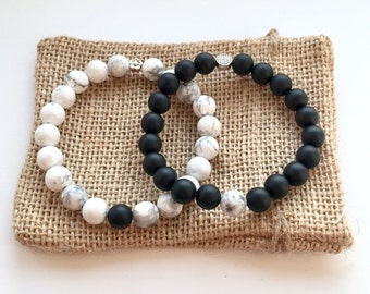 Couples Bracelet Set Distance Bracelets Or Stacking With Contrasting Howlite And Frosted Black Onyx Girlfriend Boyfriend Custom Fit