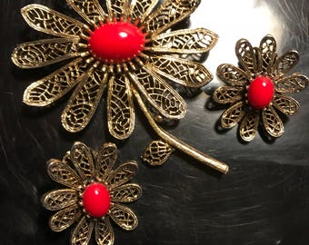 Flower Pin and Clip earnings ART Jewery