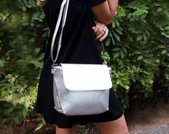 Vegan Crossbody, Everyday Silver Purse, Evening Women Bag, Crossbody Bag, Shoulder Women Purse, Zipper Shoulder Bag, Minimalist Shoulder