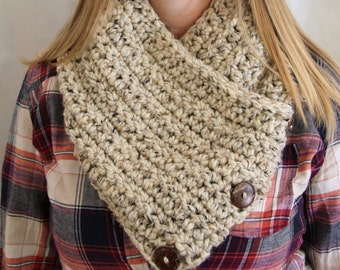 Crochet Scarf, Oatmeal Neck warmer with Buttons