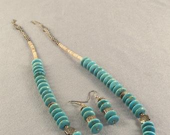 """Echter Türkis Disk-Perlen / / Halskette und Ohrringe Set / / türkis / /. 5"""" Festplatten / / Silber Spacer Perlen / / klassisch aufgestellt werden"""