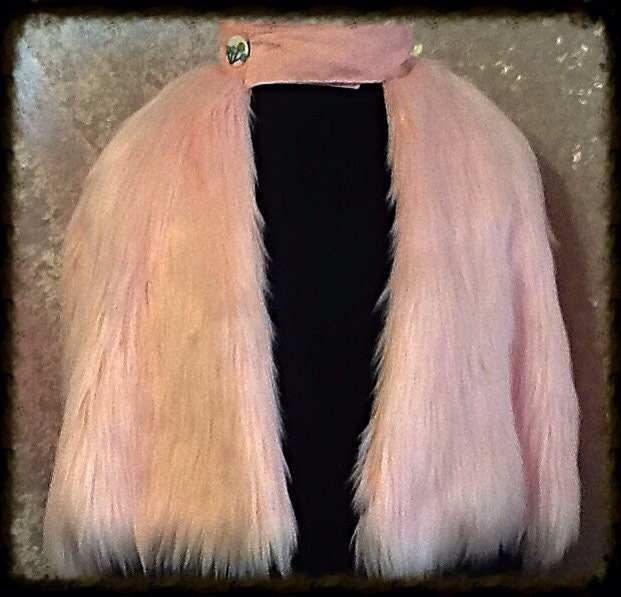 Fake Cotton Candy: Luscious Cotton Candy Pale Pink Faux Fur Capelet