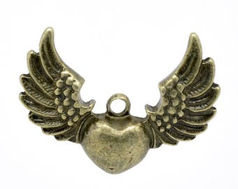 Winged Heart Antique Bronze Pendant, 34 mm x 27 mm, Pack of 5  (2218)