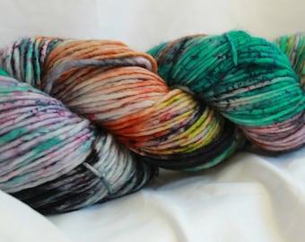 Speckled Hand Dyed Yarn, DK Weight Superwash Merino Wool Singles Yarn,  Knitting Yarn, Wool Yarn, Single Ply Yarn,