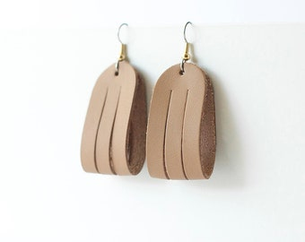 Leather Earrings / Mini Sliced Leather / Nude