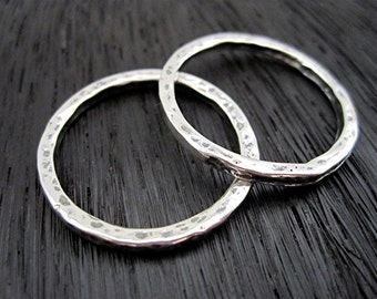 ONE Large Closed Charm Holder and Link with Hammered Texture in Sterling Silver (one) (C) (N)