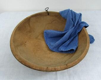 """Vintage Oval Wood Dough Bowl - 15"""" x 14"""" - primitive, rustic, farmhouse kitchen - 1920s-30s"""