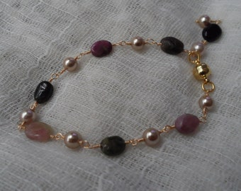 Tourmaline and Shell Pearl Bracelet
