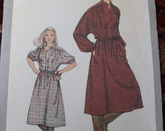 Vintage Simplicity Pattern 8675 Dress Size 14 Dated 1978 Uncut