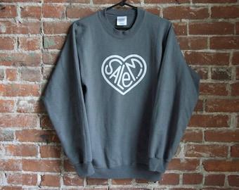 Salem! Heart Sweatshirt - Gray C1kdolX9my
