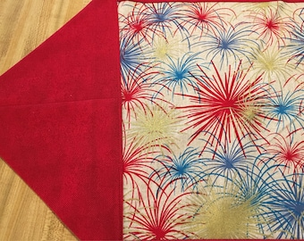 Fireworks table runner