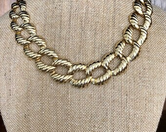 Vintage Gold Tone Link Necklace - Art Deco Necklace - Chunky Style Jewelry
