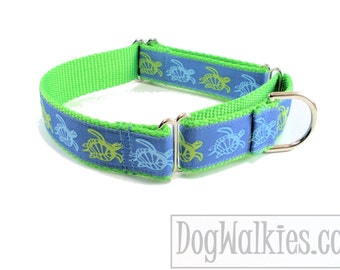 "Green Sea Turtles Dog Collar - 1"" (25mm) wide - Quick Release or Martingale Dog Collar"