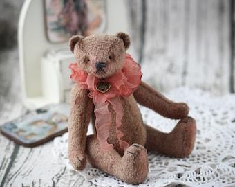 Teddy bear Molly, OOAK,  artist teddy bear, collectible, handmade toy