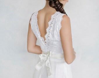 Bridal lace Top, Sleevless, Winter lace,  Wedding dress top, Lace topper, Bridal shrug, Bridal accessory, Silk waistband, Bridal separates