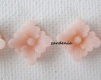4PCS - Spring Collection - Pale Pink- Buttercup Resin Flower Cabochons - 12mm - Matte Finish