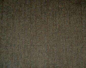 100% Wool Harris Tweed in a rustic bracken weave