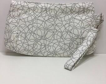 Project bag, notions bag, wristlet, clutch, bag, zipper bag,