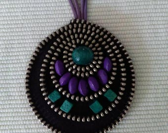 Zipper Necklace - Wooden Beads - Natural leather - Unique Jewelry