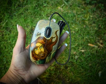 Hand-painted computer mouse. Ulysses 31 Ulysses