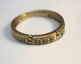 Men's gold ring 14K for a wedding or engagement with small transparent cubic zirkonia, ring size 11 1\2