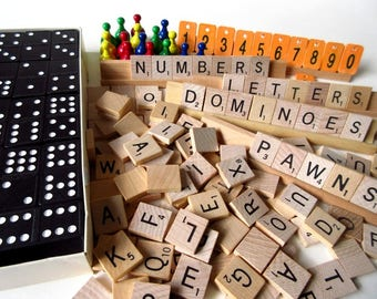 224 Wooden Game Pieces, Large Vintage Lot Dominoes, Scrabble, Numbers, Pawns