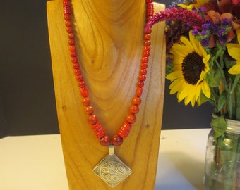 Red coral necklace with Moroccan pendant