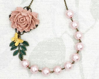 Pink Rose Necklace, Dusty Pink Rose Verdigris Patina Leaf Pearl Necklace, Statement Necklace, Rustic Wedding Bridal Bridesmaid Gift for Her