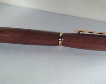 Idea regalo penna stilografica in legno di mogano fatta a mano