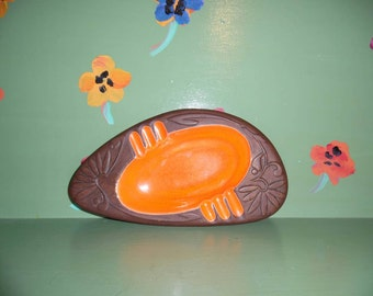 Kingwood Ceramics Orange Flower Ashtray Boomerang Atomic Dish Plate Mid Century Modern Retro Vintage Home Decor