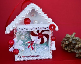 Christmas ornament, mini shadow box.