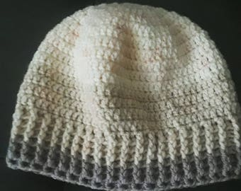 Pretty white and beige beanie hat with ribbed edging, perfect for all seasons
