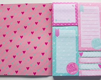 sticky notes, bookmark, post its hearts and dots
