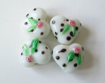 SALE! 8 Lampwork glass heart beads with dots and rose.
