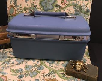 Vintage samsonite traincase blue suitcase royal traveler Montebello II makeup case carry on luggage retro traincase storage decor  bag