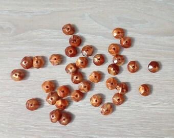 Set of 35 acrylic beads