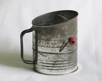 Vintage Flour Sifter, Bromwell's Measuring Sifter 5-cup, 1940s Baking Sifter