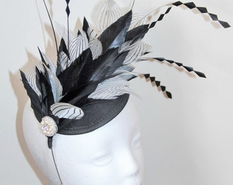 SALE - Black and white feather fascinator, wedding fascinator, fascinator with feathers, derby fascinator, races fascinator